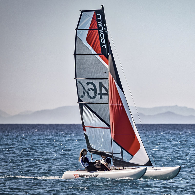 inflatable sailboat minicat 460